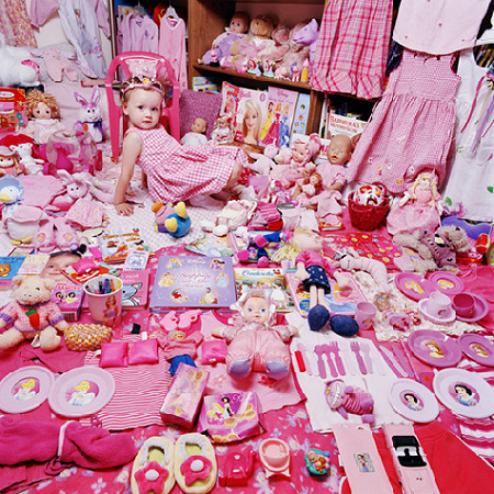 JeongMee Yoon - Emily and Her Pink Things - 2005