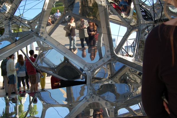 Tomás Saraceno - Cloud City - 2012