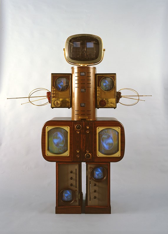 Nam June Paik - Becoming Robot (4)