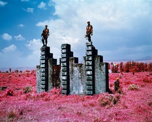 Richard Mosse - The Enclave (1)