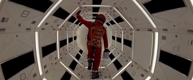 Stanley Kubrick's 2001 A Space Odyssey - New Trailer (4)
